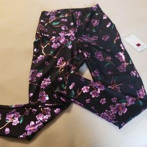 Emily Hsu Designs Pants - BNWT high-waisted Emily Hsu leggings